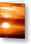 Natures Beauty Greeting Cards - Setting SUn Greeting Card by Robert Ball