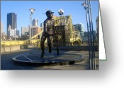 Roberto Clemente Greeting Cards - The Great One Greeting Card by Deso Nellski