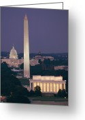 Lincoln Memorial Photo Greeting Cards - A Night View Of The Lincoln Memorial Greeting Card by Richard Nowitz
