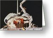 Space Ships Greeting Cards - Discovery Spacewalk Greeting Card by Science Source
