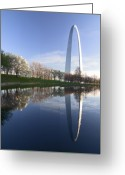 Dogwood Lake Greeting Cards - Gateway Arch and reflection Greeting Card by Sven Brogren