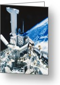 Space Ships Greeting Cards - Solar Maximum Mission Satellite Greeting Card by Science Source