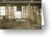 Round Barn Greeting Cards - Tessman Barn wood Greeting Card by Jan Faul