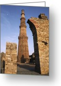 Asian Architecture And Art Greeting Cards - The Qutab Minar Tower, Built Greeting Card by Gordon Wiltsie