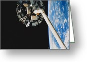 Space Ships Greeting Cards - Wake Shield Facility Greeting Card by Science Source