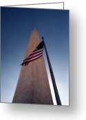 Us Capital Greeting Cards - Washington Monument Single Flag Greeting Card by Skip Willits
