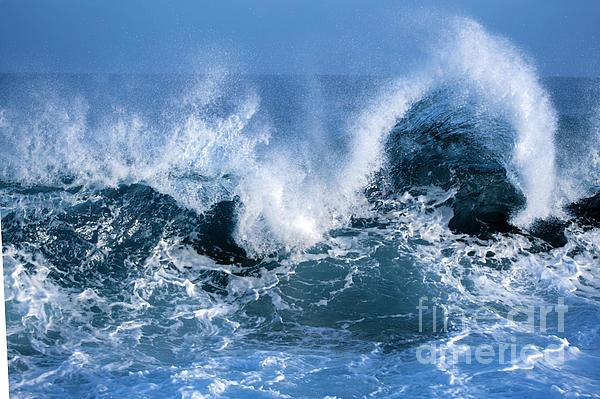 Ocean Wave Print by Boon Mee
