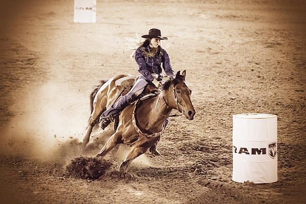 Caitlyn  Grasso - Barrel Racing