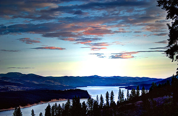 Loni Collins - Columbia River..