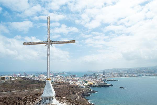 Chay Bewley - Cross with Las Palmas