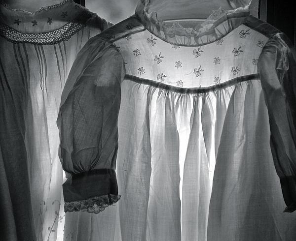 Sue McGlothlin - Forgotten Heirlooms