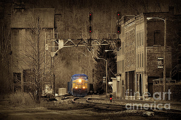 Train At Thurmond Wv Print by Dan Friend