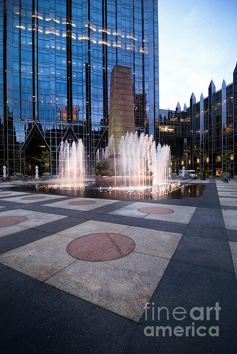 Water Fountain At Ppg Place Plaza Pittsburgh Print by Amy Cicconi