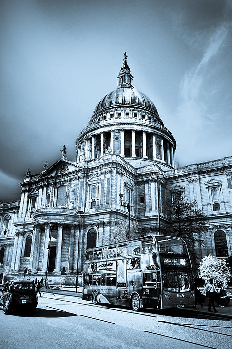 St Paul's Cathedral London Art Print by David Pyatt