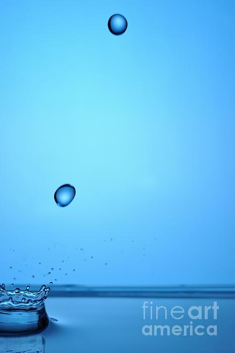 Splashing Water Droplet Print by Sami Sarkis