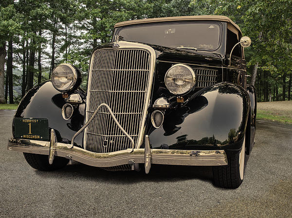 Thomas Young - 1935 Ford V8