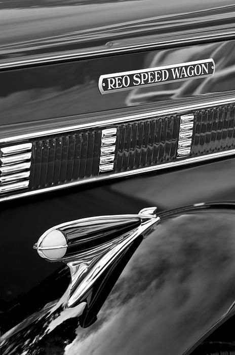 1935 Reo Speed Wagon 6ap Pickup Emblem Print by Jill Reger