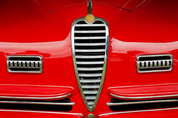 1949 Alfa Romeo 6c 2500 Ss Pininfarina Cabriolet Grille Print by Jill Reger