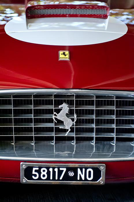 1960 Ferrari 250 Gt Swb Berlinetta Competizione Grille Emblem Print by Jill Reger