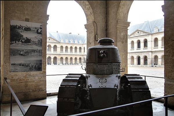 Les Invalides - Paris France - 01133 Print by DC Photographer