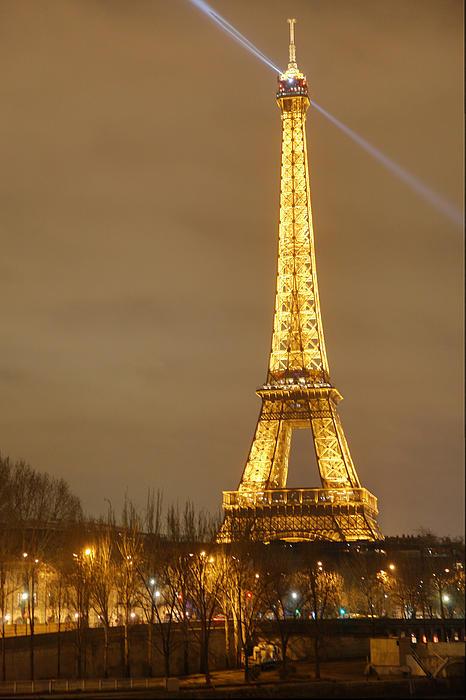 Eiffel Tower - Paris France - 011318 Print by DC Photographer