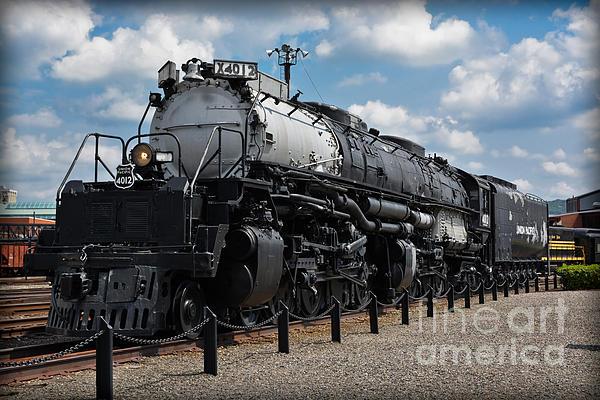 Gary Keesler - 4-8-8-4 Big Boy Locomotive