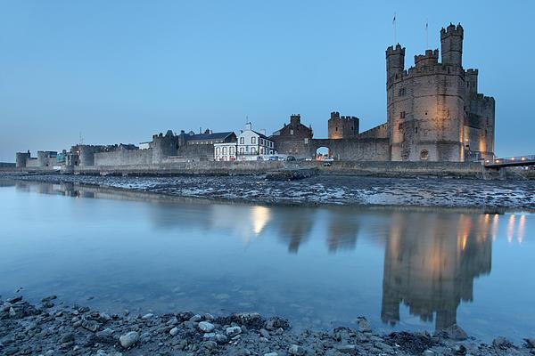 Caernarfon Castle Print by Ollie Taylor