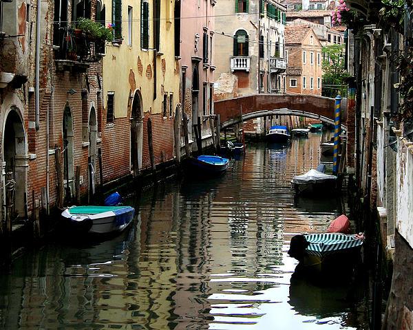 Jennie Breeze - A Calm Venice Canal