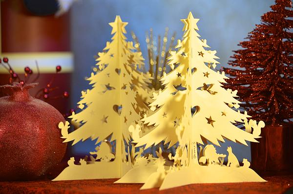 Alex King - A paper Christmas tree