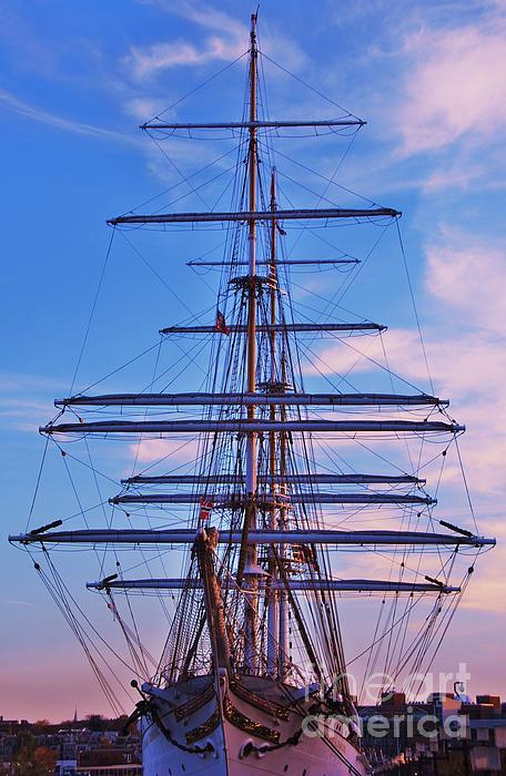 Marcus Dagan - A Ship At Sundown