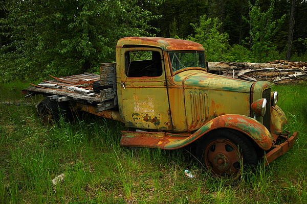 An Old Flatbed Print by Jeff  Swan