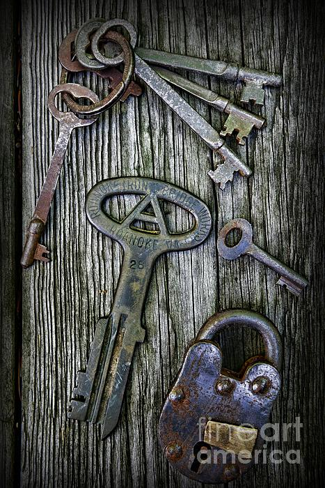 Antique Keys And Padlock Print by Paul Ward