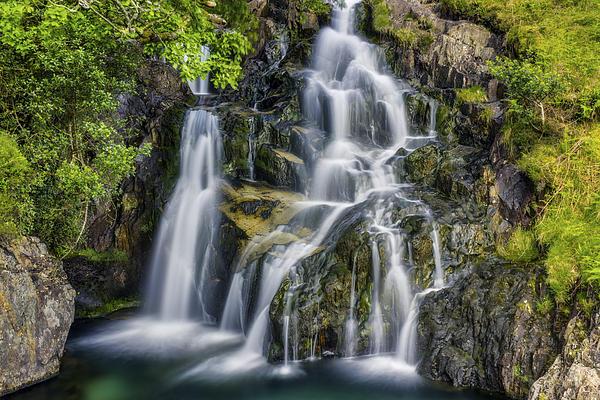 Ian Mitchell - Aqua Waterfall