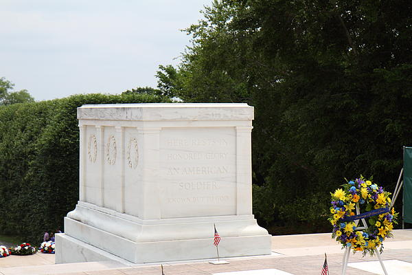 Arlington National Cemetery - Tomb Of The Unknown Soldier - 01136 Print by DC Photographer