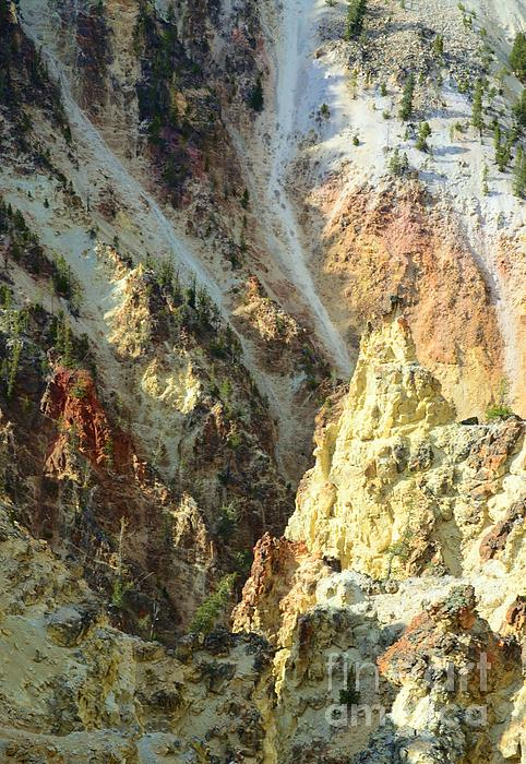 Artist Palette Of Yellowstone Print by Kathleen Struckle