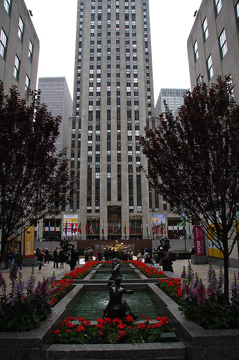 At The Rockefeller Center Print by Christiane Schulze Art And Photography