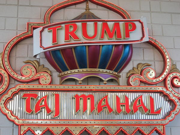 Atlantic City - Trump Taj Mahal Casino - 12121 Print by DC Photographer