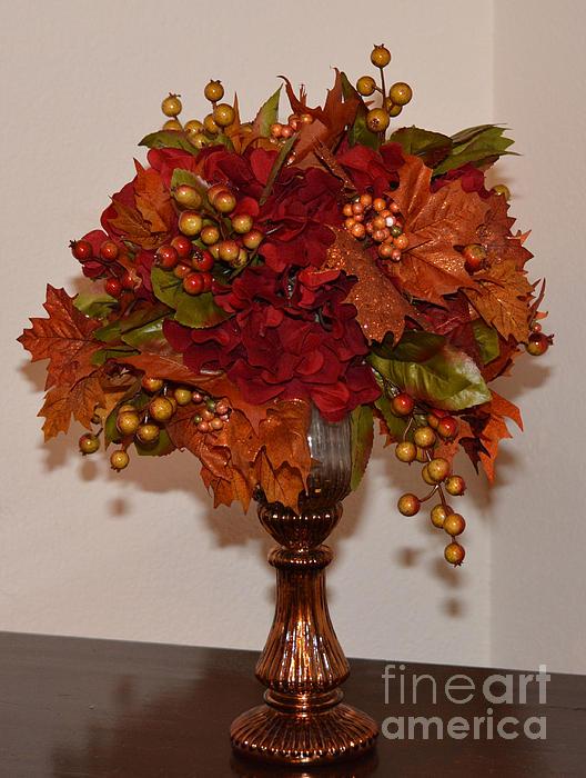 Ruth  Housley - Autumn Centerpiece