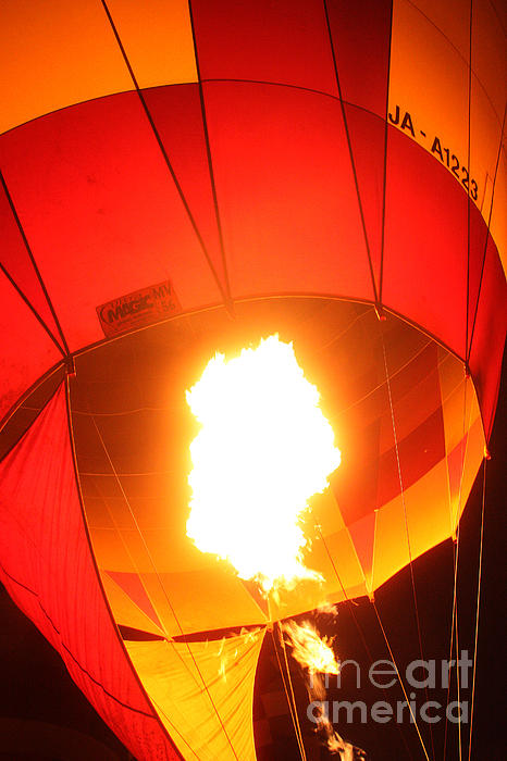 Balloon-glow-7917 Print by Gary Gingrich Galleries