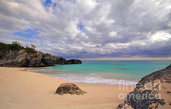 Bermuda Secret Beach Print by Charline Xia