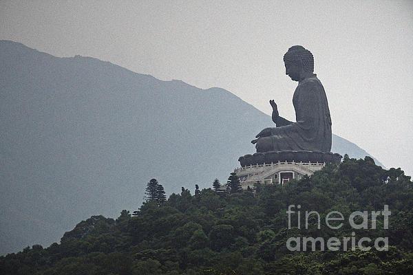 Big Buddha In Hong Kong Print by Lars Ruecker