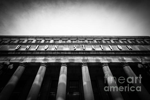 Black And White Chicago Union Station Print by Paul Velgos