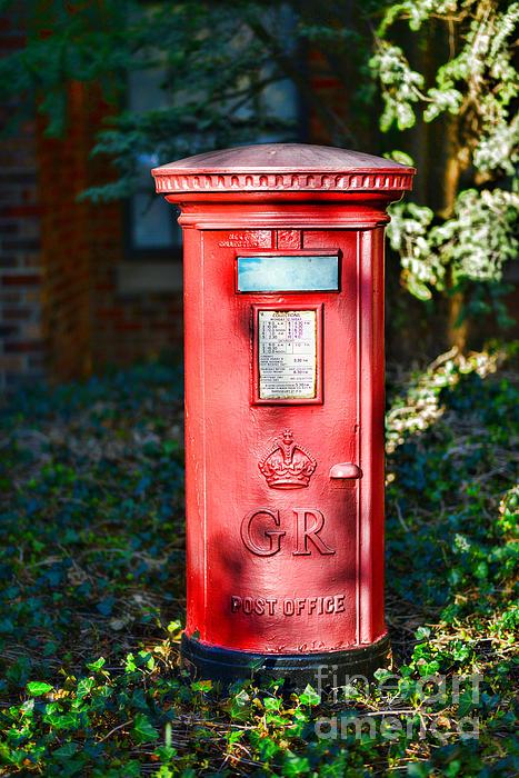 British Mail Box Print by Paul Ward