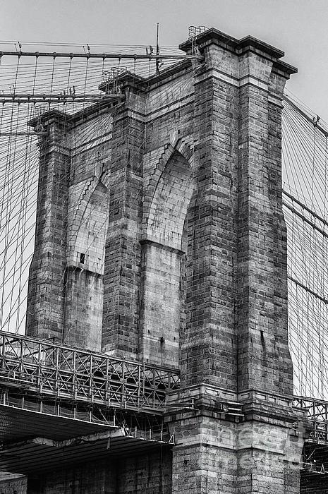 Jerry Fornarotto - Brooklyn Bridge Tower B and W