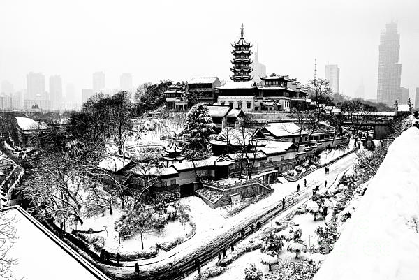 Buddha - Jiming Temple In The Snow - Black-and-white Version  Print by Dean Harte