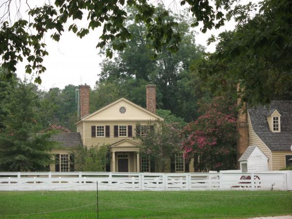 Calm Place In Colonial Williamburg Print by Christiane Schulze Art And Photography