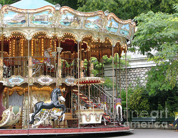 Ann Horn - Carousel in Paris