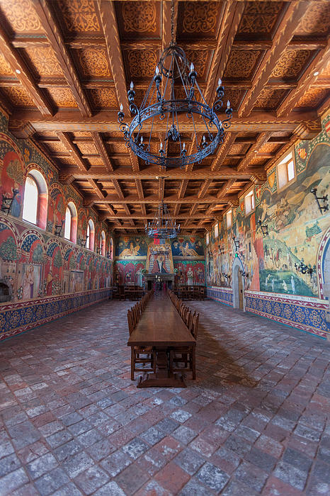 Castelle Di Amorosa Dining Hall Print by Scott Campbell