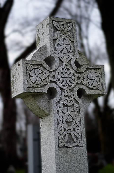 Celtic Cross 10194 Print by Guy Whiteley