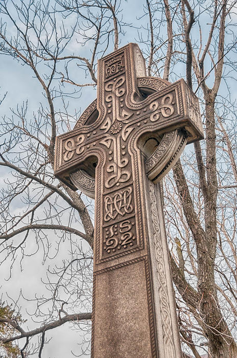 Guy Whiteley - Celtic Cross   3D22463